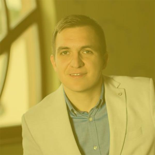 Spiker_martin-mazar_biznis-konferencia
